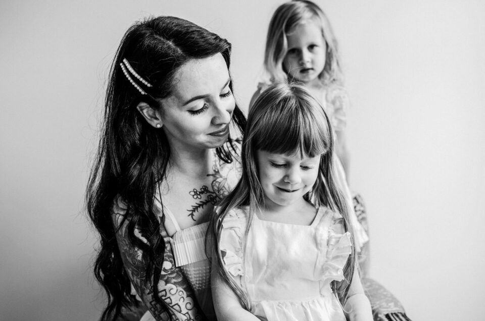Carly + Family // Studio Session